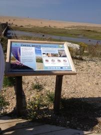 Schild zum Chesil Beach