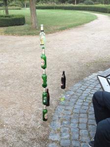 5 leere Flaschen Becks, meine Damen und Herren. Und es hielt!